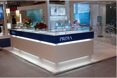 珀莱雅参加2011香港亚太区美容展